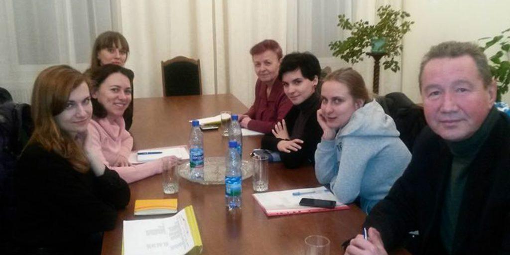 Круглий стіл по КМДА з питання житла для ВПО